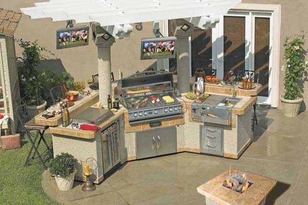 Pavilion BBQ Islands Family Image