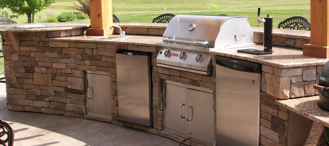 Outdoor Kitchen Family Image