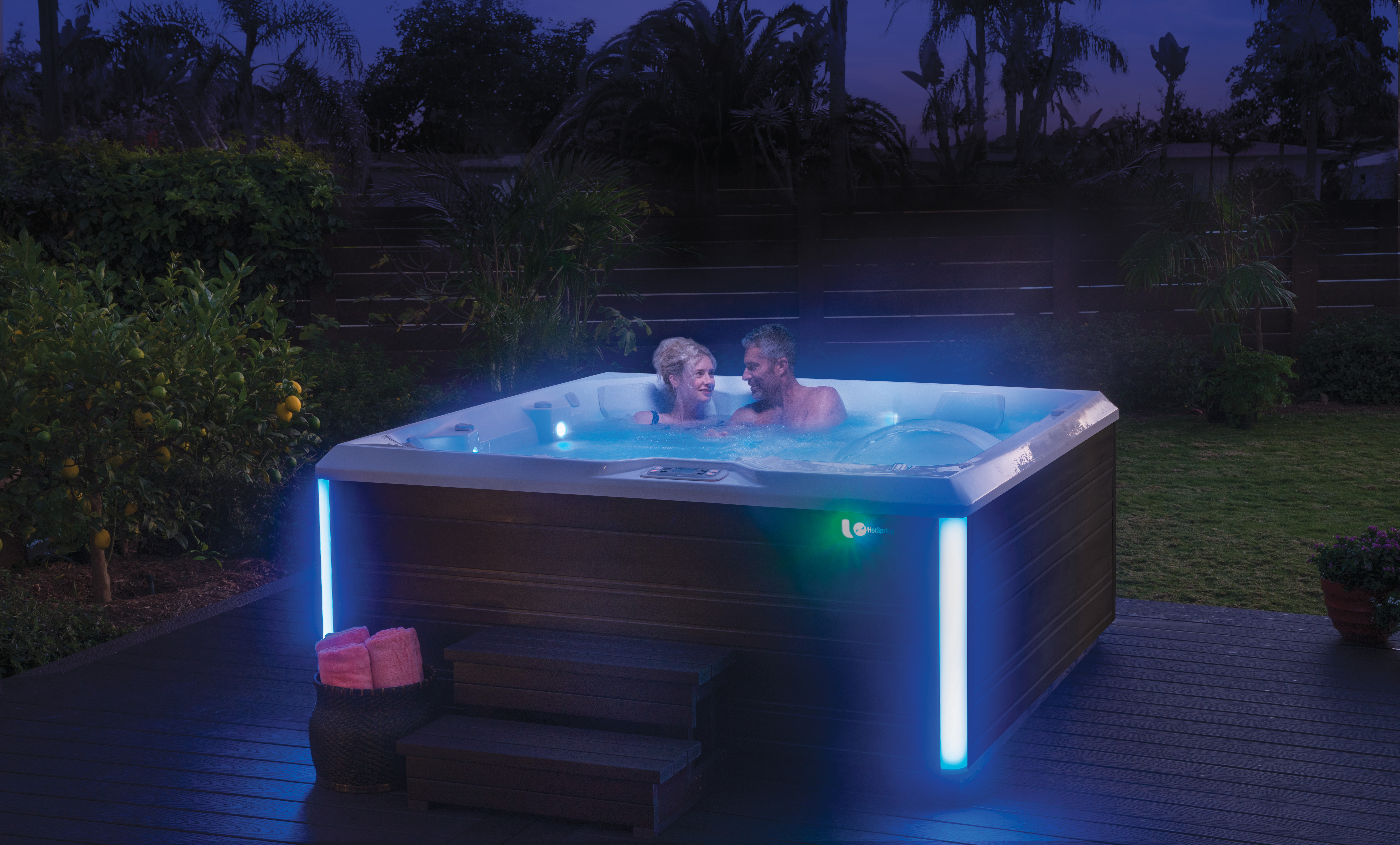 Five Ways a Hot Tub Soak Is Healthy For You