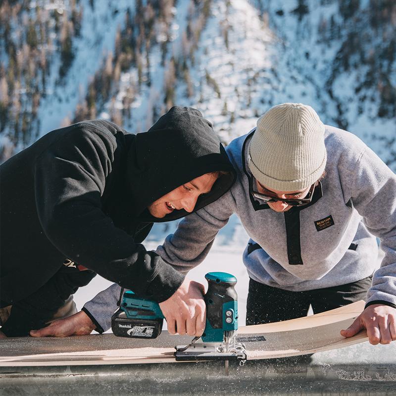 Ski & Snowboard Repairs Family Image