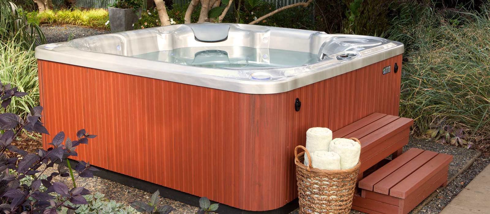 Relax in style with the Bolt hot tub, featuring a sleek cabinet profile and elegant flowing shell. Add spa steps to make it easy for everyone to get in and out of the spa.